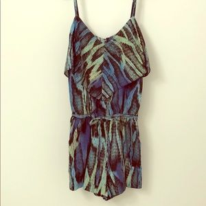 Lightweight romper with pockets!
